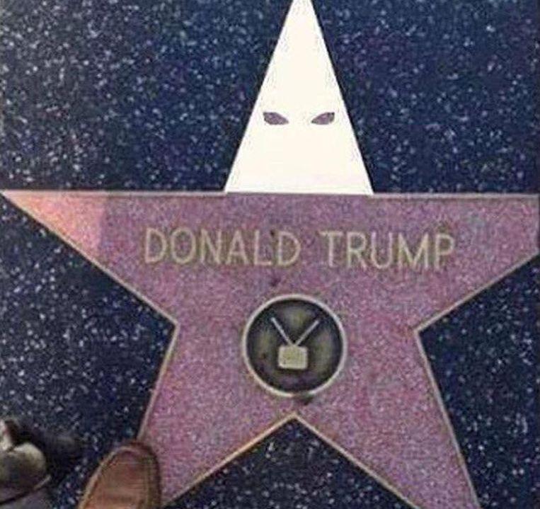 Trumps ster op de Walk of Fame in Hollywood voorzien van een Ku Klux Klankap. Beeld RV