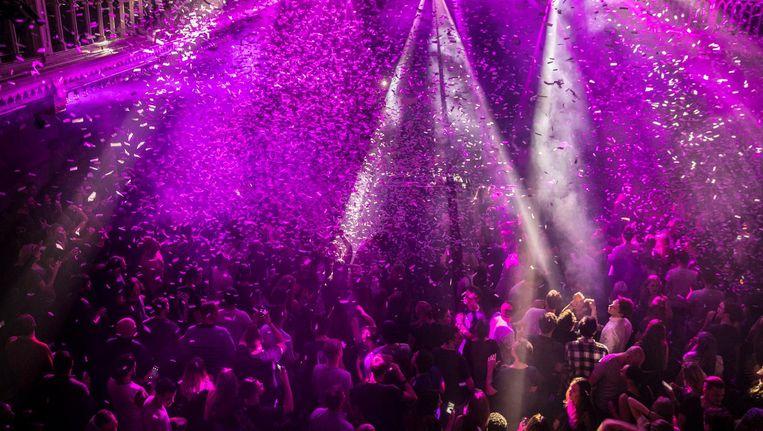 Normaal zitten de clubs als Paradiso ramvol, maar tijdens Open Club Deur kun je overdag een kijkje nemen in een lege discotheek. Beeld Amaury Miller