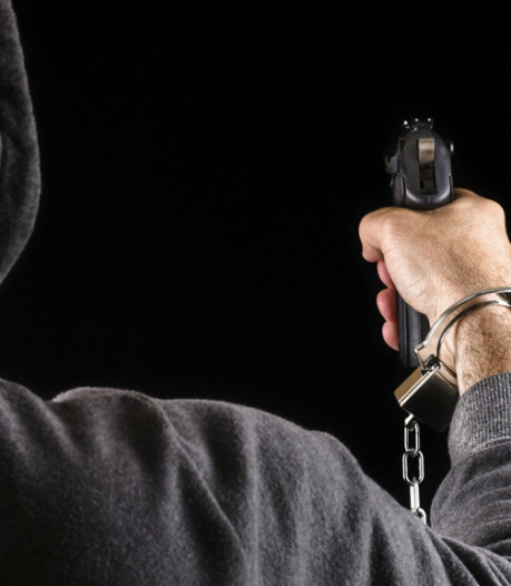 Roosendaler voor de rechter vanwege gewapende overval in het Emile van Loonpark en afpersing