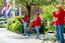 Leden van het Jeugdsymfonieorkest uit Zwolle spelen op Koningsdag het Wilhelmus. Op initiatief van het Koninklijk Concertgebouworkest spelen diverse muzikanten door het hele land om klokslag 10.00 uur samen het volkslied als positief gebaar van saamhorigheid in deze coronacrisis.