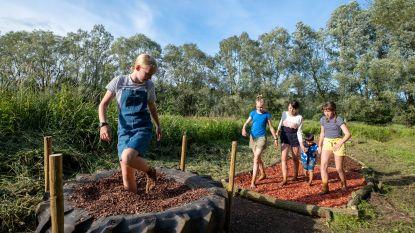 """Park Fort Liezele krijgt eigen blotevoetenpad: """"Ook volwassenen kunnen hiervan genieten"""""""