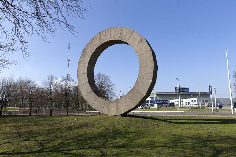 De Ring van Ad Dekkers Beeld Roy del Vecchio