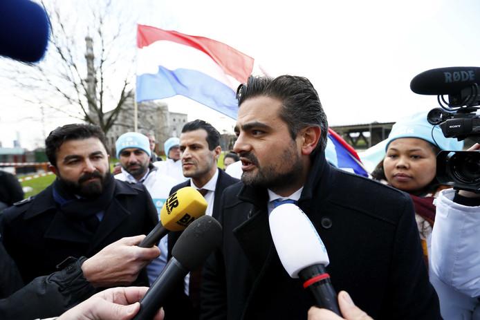 Denk-leider Tunahan Kuzu maakt bekend dat zijn partij volgend jaar meedoet aan de gemeenteraadsverkiezingen in Rotterdam.