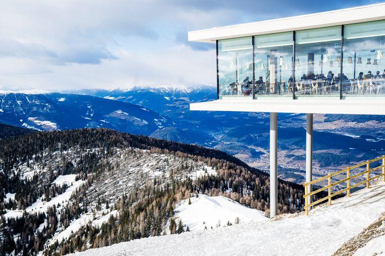 Restaurant Alpinn, van Norbert Niederkofler, de meest creatieve kok van Zuid-Tirol. Beeld Noel van Bemmel