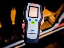 Auto stukje verplaatsen kost dronken man rijbewijs