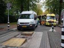 Twee buschauffeurs helpen passagier met hartstilstand in Tilburg