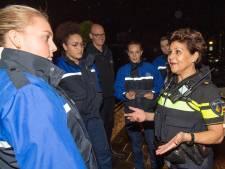 Studenten de straat op in Ommen tegen woninginbraken: 'Dit is hard nodig'