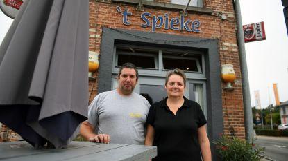 Patrick en Sandra van café 't Spieke organiseren voor het eerst een Spiekeskermis
