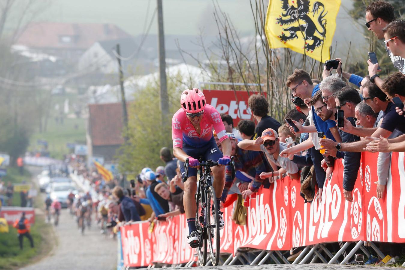 Alberto Bettiol won de Ronde van Vlaanderen