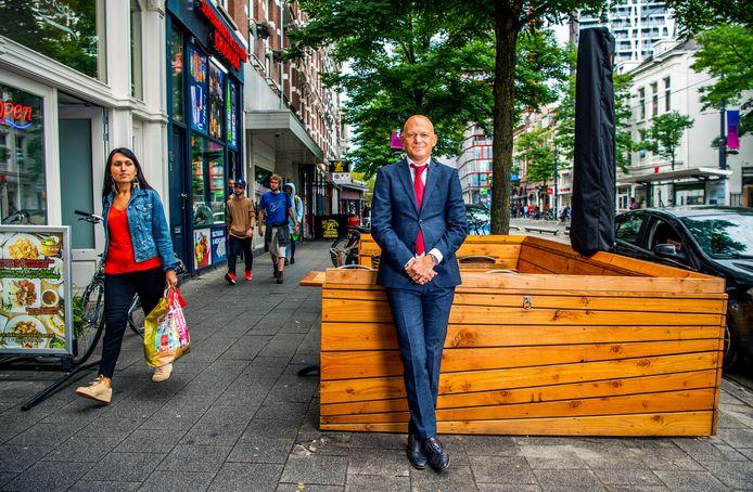 Bert Wijbenga op de West-Kruiskade in Rotterdam.