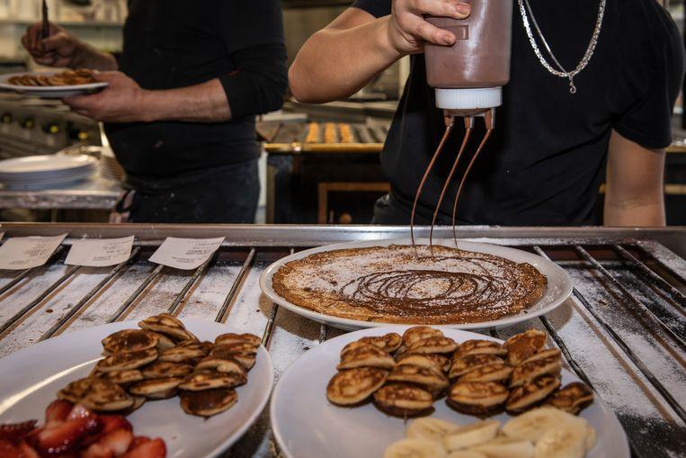 De Nutellapannenkoek is de best verkochte, vooral dankzij de toeristen.  Beeld Dingena Mol