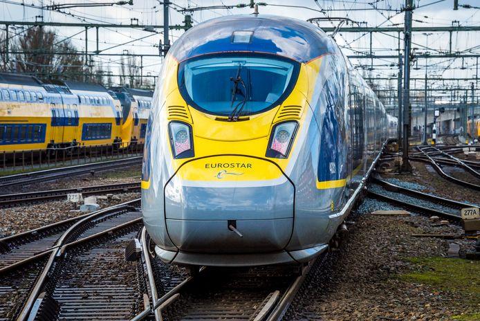 De Eurostar tijdens een testrit op de treinverbinding tussen Amsterdam en Londen.