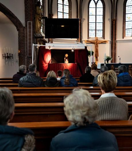 Finetunen van Heusdense beleefkerk: 'Is de tekst wel te lezen?'