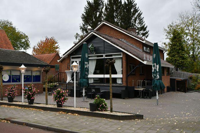Snackbar Toornsmit aan Goorseweg staat te koop