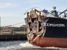 Gehavende schelpenzuiger die tegen Oosterscheldekering knalde naar Sluiskil versleept