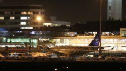 """'Gevaarlijke situatie' Schiphol blijkt misverstand: """"Per ongeluk kapingsalarm geactiveerd, het spijt ons"""""""