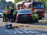 Auto schiet over middenberm op Ettensebaan in  Breda