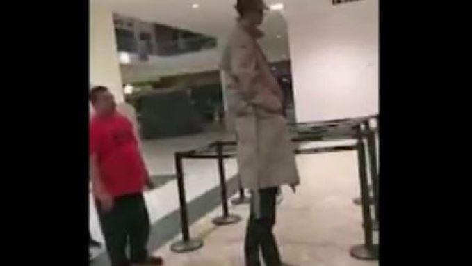 Grappenmakers proberen de 'twee mannen in één jas'-truc uit