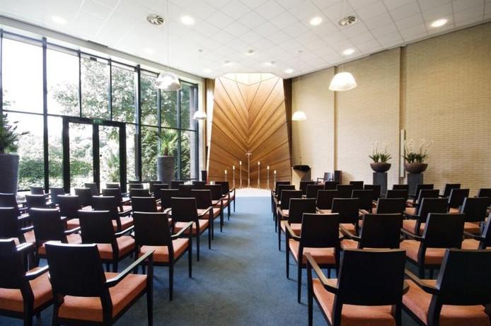 De aula van crematorium Rosmalen. Foto Chris van Cromvoirt