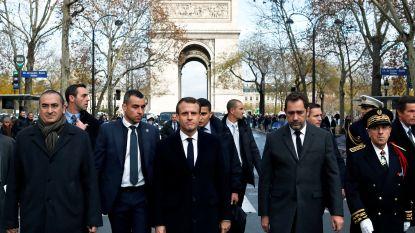 """Macron schrapt bezoek aan Servië na rellen, schade in Parijs """"tussen 3 en 4 miljoen euro"""" geschat"""