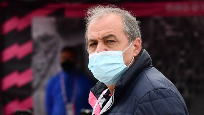 """Giro-baas Vegni furieus na ingekorte etappe door rennersprotest: """"Geen sprake van dat ik prijzengeld uitdeel"""""""