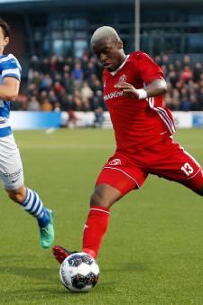 Jong Ajax-verdediger Owusu in beeld bij De Graafschap