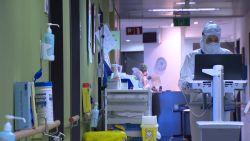 Artsen nemen vrijwillig verpleegkundige taken over in ziekenhuis van Sint-Truiden
