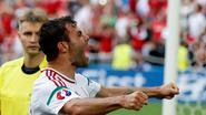 Hongaren blijven op kop na late IJslandse own-goal