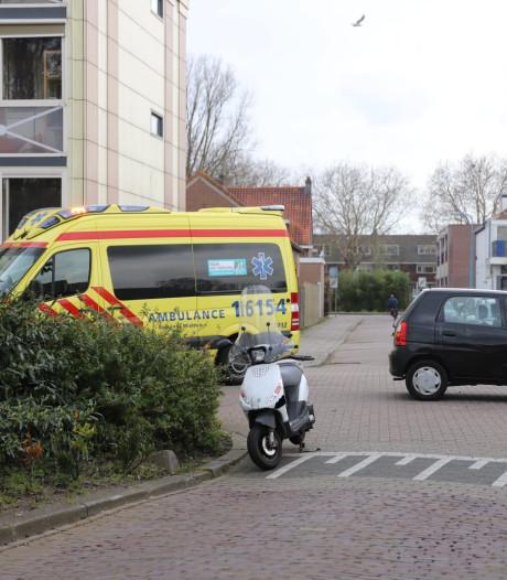 Scooter aangereden door auto in Gouda