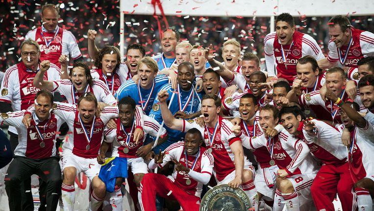 Mei 2012. Ajax kampioen. Het is de derde titel voor Frank de Boer als coach. Beeld Guus Dubbelman / de Volkskrant