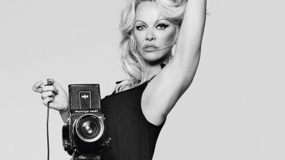 Pamela Anderson heeft haar eerste Vogue-cover beet