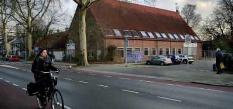 Boerderij de Willemshoeve in Sterrenburg wordt nu echt gesloopt