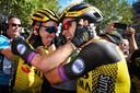 Wout van Aert, vrijdag wederom torenhoog favoriet, won in de Dauphiné. Kruijswijk werd vierde.