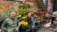 """Bloemenzaak Orchis en de AGORA-groep delen bloemen uit: """"Warmte brengen aan ouderen en zieken is mooi gebaar"""""""