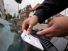 Hengelo wil met meer controles parkeeroverlast indammen