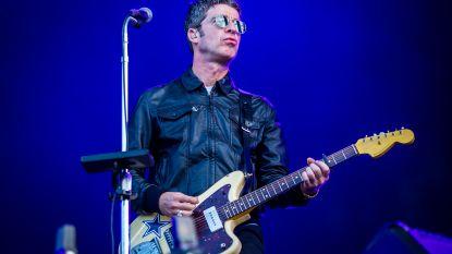 """Noel Gallagher deelt sneer uit aan zijn broer: """"Door Liam word ik rijker"""""""