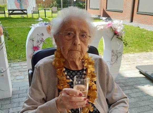 100-jarige Bertha Van Den Brande Moutershof Meise.