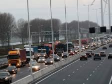 Rijbanen A15 na lange vertraging weer open