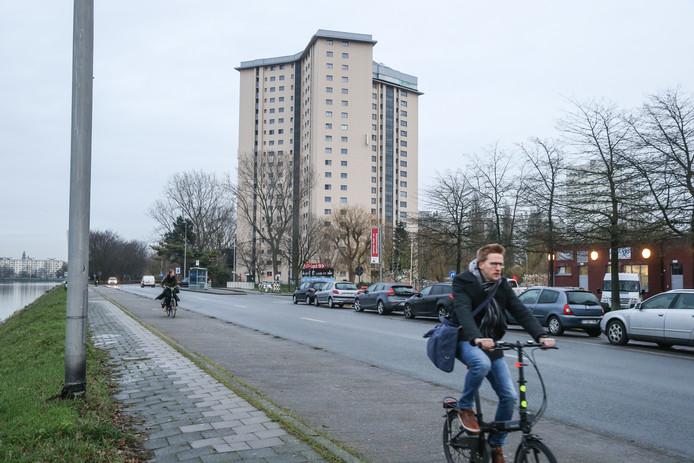 Appartementsblok aan de Watersportbaan.