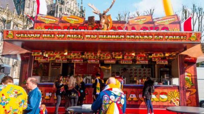 Snackwagen van Nicole Vermolen tijdens carnaval op de Parade.