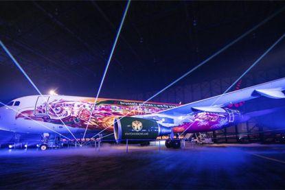 Brussels Airlines stelt prachtig Tomorrowland-vliegtuig feestelijk voor