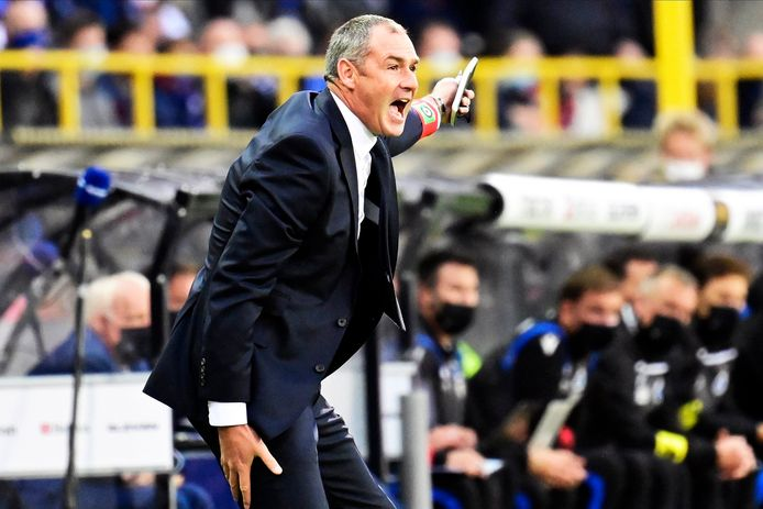 """Paul Clement en Cercle Brugge waren de voorbije weken het spoor bijster. De Engelse coach legt de verantwoordelijkheid nu bij zijn groep: """"We moeten zelf weer voor goede resultaten zorgen, om uit dit dal te klauteren."""""""