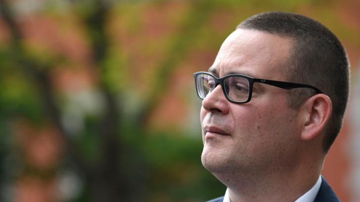 """Raoul Hedebouw: """"En Wallonie, le PS mène une politique de droite"""""""