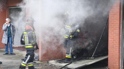 Zwaargewonde bij garagebrand