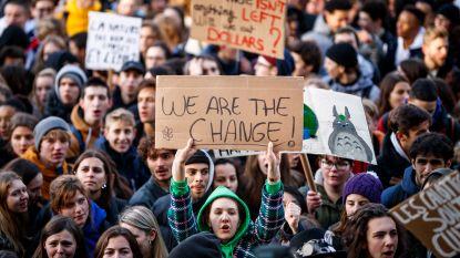 Ongeziene opkomst: 35.000 spijbelende jongeren nemen deel aan derde klimaatmars