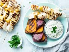 Wat Eten We Vandaag: Viskebab met remouladesaus en zoete aardappel