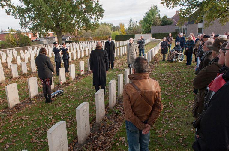 Op het Poperinghe New Military Cemetery werd soldaat Bernard Mc Geehan herdacht.