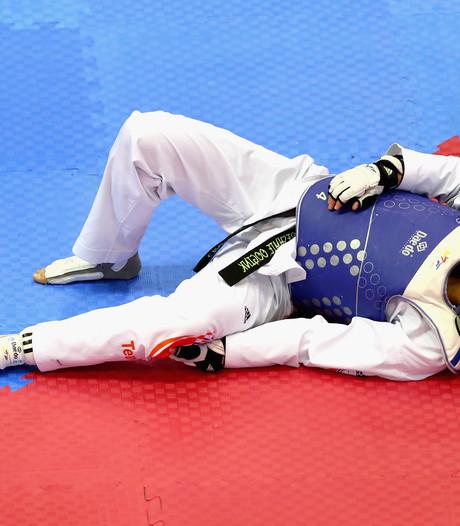 Olympisch taekwondoka Oogink in de lappenmand
