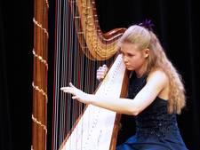Eerste prijs voor Tilburgse harpiste Michelle Sweegers