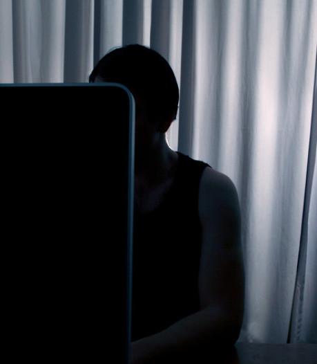 Duizenden meldingen over downloaders kinderporno blijven liggen bij politie